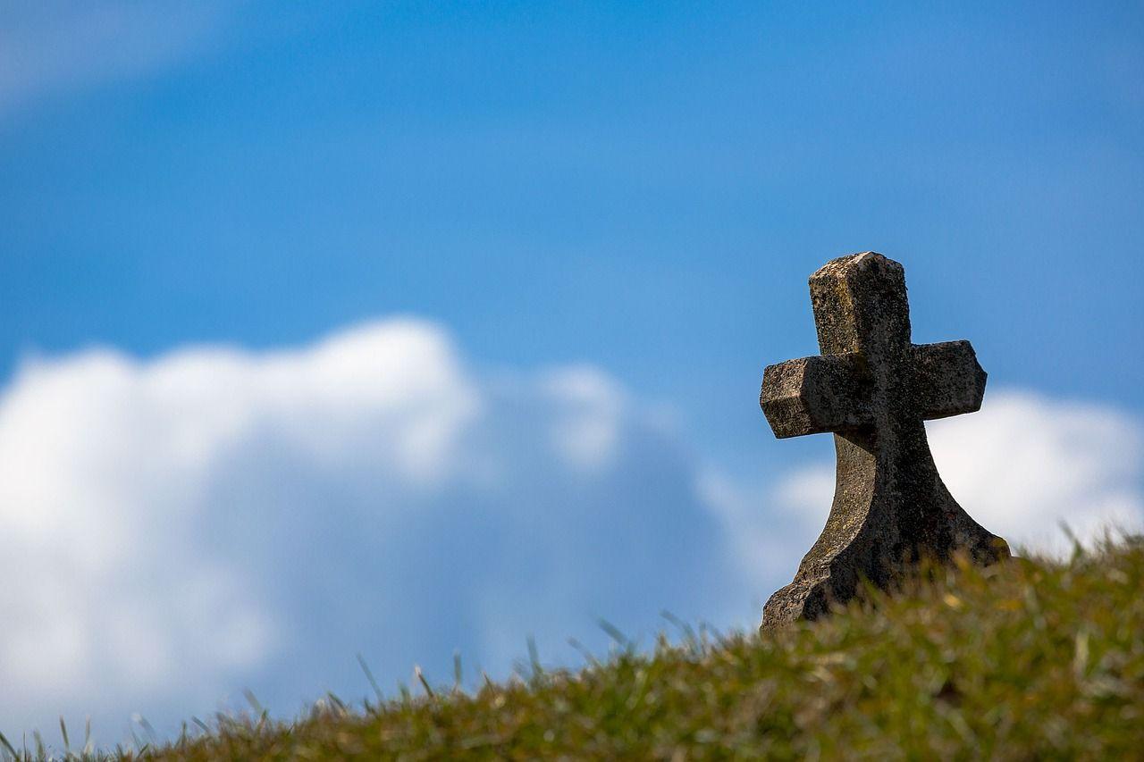 que tipos de funerales hay