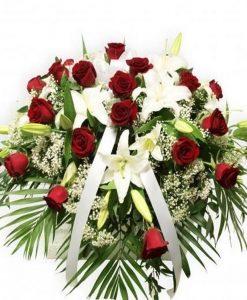 almohadon rosas rojas y lilium